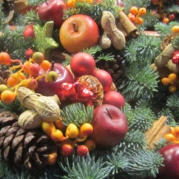 Holiday Gift Ideas with Armenian Themes