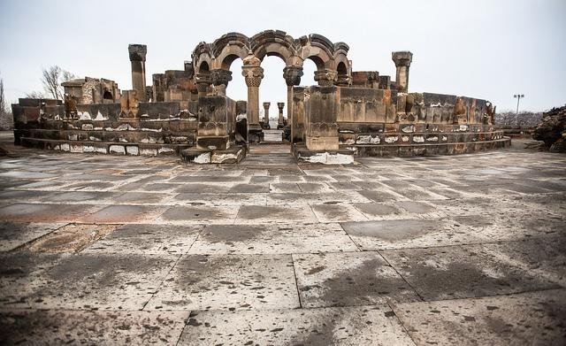Zvartnots cathedral ruins.